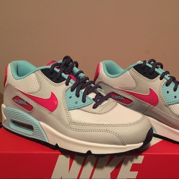 Nike Air Max 90 Mesh (GS) size 5.5Y 7Y Boutique